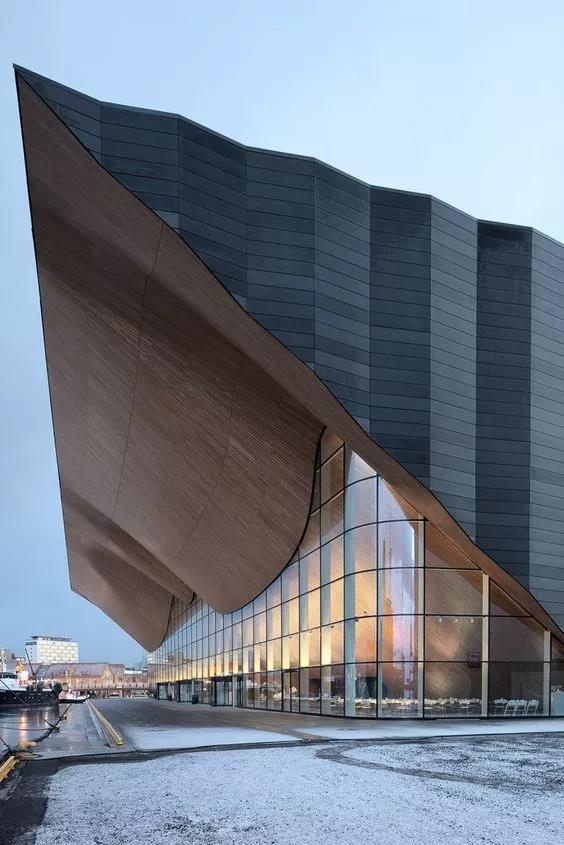 32例现代建筑设计欣赏:造型中的虚实对比