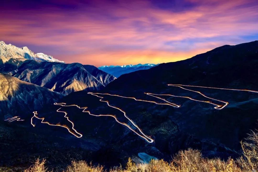 后交通时代川藏公路文化旅游发展探索