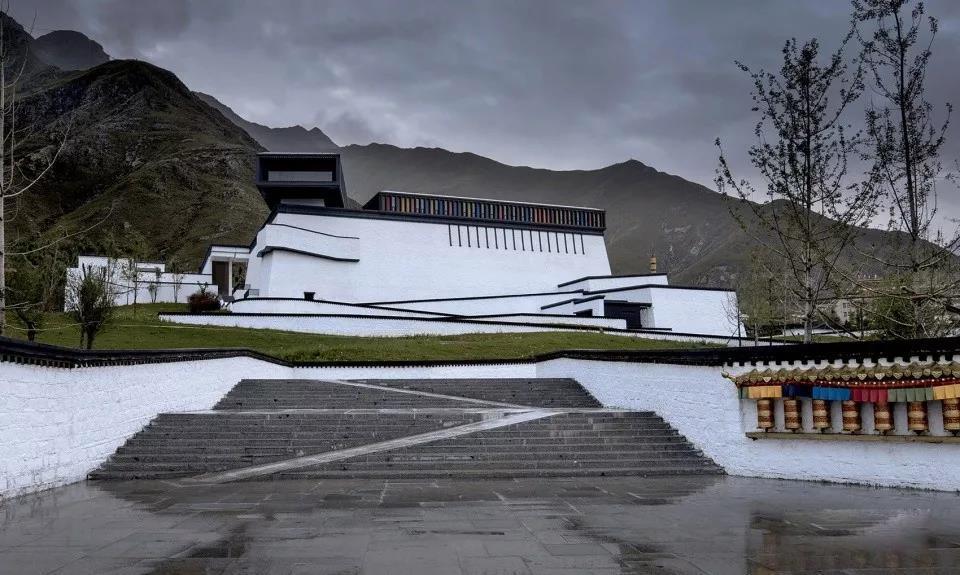 接近天空的圣地——西藏非物质文化遗产博物馆