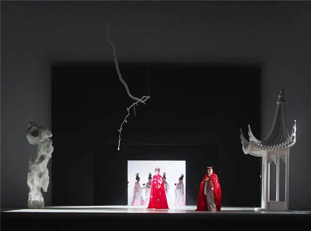 刘杏林:舞美设计,首先一定要有美学的眼光