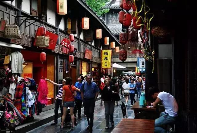 成都宽窄巷子:详解文化街区如何开发运营