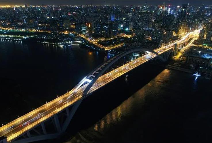 30年 浦东文化产业如何从低空飞行到腾飞