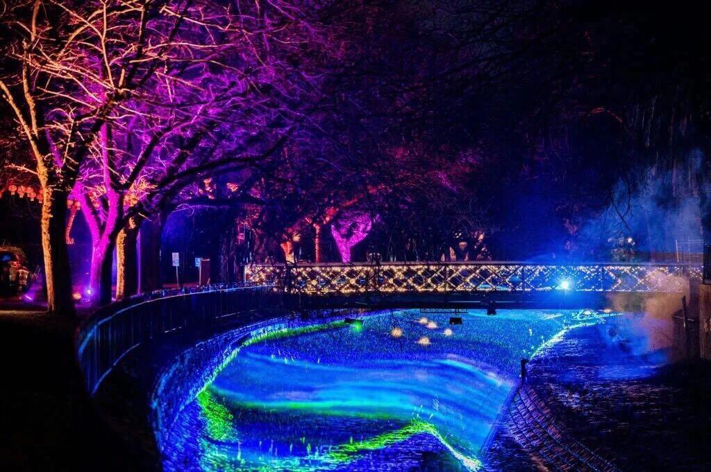 澳大利亚小城--罗莎琳德公园13个艺术装置吸引80000人前往夜游